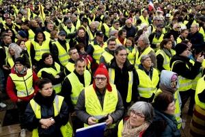 Caro-benzina e gilet gialli: come la politica può orientare il cambiamento bike friendly?