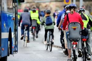 """ComuniCiclabili riparte con la terza edizione. """"Città bike friendly, come chiedono i giovani"""""""