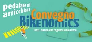 Pedalare ti arricchisce.  La bicicletta muove l'economia.